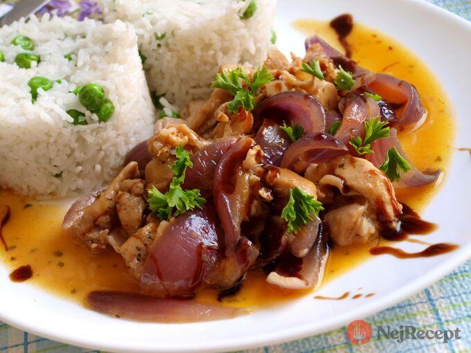 Recept Králičí maso s karamelizovanou cibulí