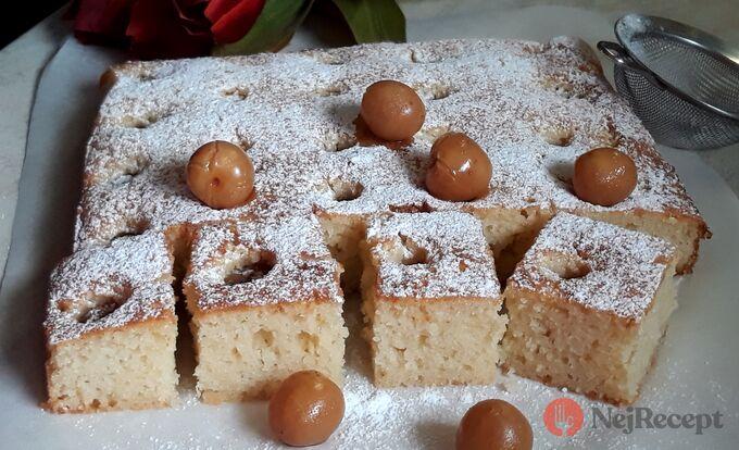 Recept Sametový hebký koláček s třešněmi