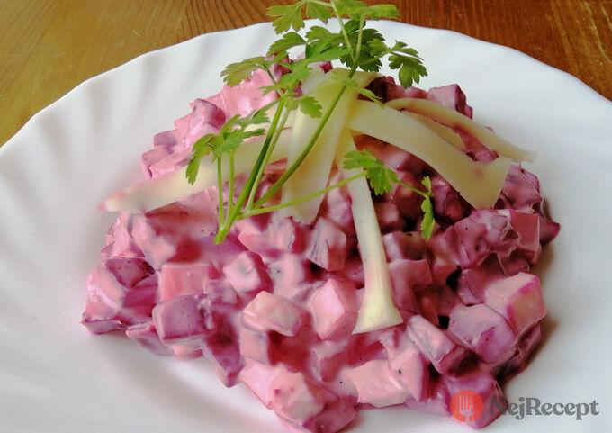 Recept Salát z červené řepy