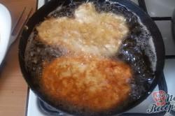 Příprava receptu Smažené kuřecí řízky v parmezánovém kabátku, krok 8
