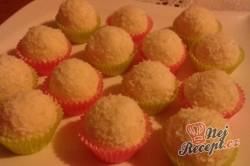 Příprava receptu Vánoční bonbony z kokosu, krok 1