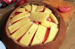 Příprava receptu Zapomeňte na obložené chlebíčky. Tímto párty chlebem okouzlíte všechny hosty., krok 12
