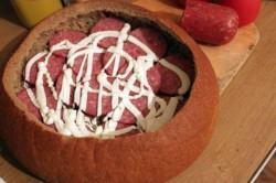 Příprava receptu Zapomeňte na obložené chlebíčky. Tímto párty chlebem okouzlíte všechny hosty., krok 4