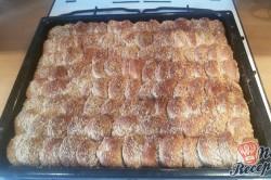 Příprava receptu Dukátové buchtičky se skořicí a vlašskými ořechy, krok 11