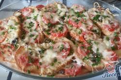 Příprava receptu Prokládaný toust s rajčaty a sýrem, přelitý smetanovou zálivkou, krok 8