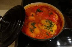 Příprava receptu Plněná paprika v rajčatové omáčce, krok 9