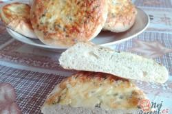 Příprava receptu Kynuté bochánky s jogurtem a sýrem, krok 4