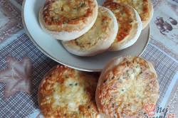 Příprava receptu Kynuté bochánky s jogurtem a sýrem, krok 3