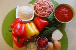 Příprava receptu Plněná paprika v rajčatové omáčce, krok 1