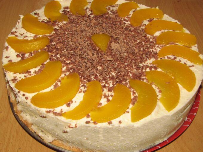 Recept Nepečený dort s broskvemi a mascarpone krémem