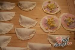 Příprava receptu Pizza kapsičky se šunkou a sýrem, krok 10