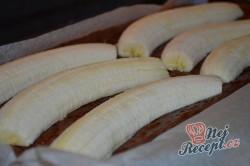 Příprava receptu Banánové řezy s čokoládovými hoblinami, krok 4