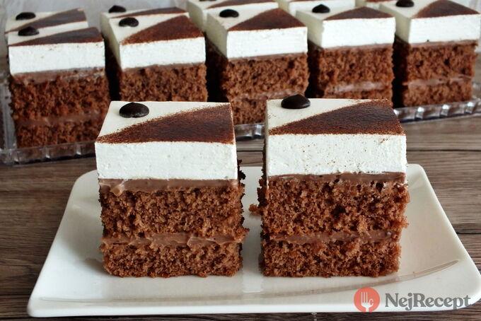 Recept Nadýchaný kakaovo-šlehačkový koláček