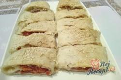 Příprava receptu Závin plněný šunkou, sýrem a rajčaty, krok 1