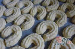 Příprava receptu Linecké pečivo ze strojku, krok 2