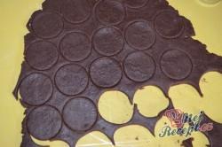 Příprava receptu Křehké kakaové sušenky s kvalitním máslovým krémem, krok 3