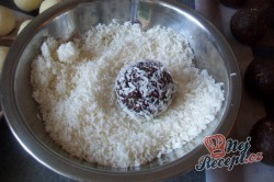 Příprava receptu Dvoubarevné kuličky na vánoční stůl, krok 8