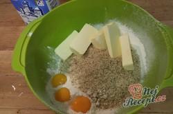 Příprava receptu Vánoční vanilkové rohlíčky, krok 2