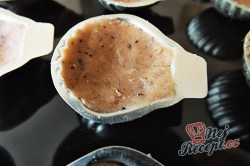 Příprava receptu Oříškové mušličky se žloutkovým krémem, krok 2