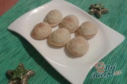 Příprava receptu Netradiční vánoční oříšky s překvapením, krok 1