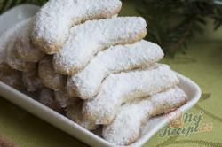 Příprava receptu Maminčiny vanilkové rohlíčky, krok 4