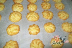 Příprava receptu Bramborové pusinky - super příloha k masu, krok 8