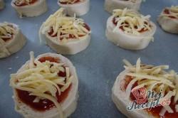 Příprava receptu Vynikající zmrzlé mini pizzovníky, krok 8