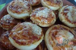 Příprava receptu Vynikající zmrzlé mini pizzovníky, krok 9