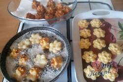 Příprava receptu Boží milosti - růžičky/kytičky - FOTOPOSTUP, krok 14