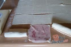 Příprava receptu Listové rolky se šunkou a sýrem - rychlovečka, krok 6