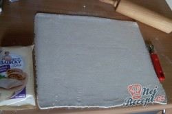 Příprava receptu Listové rolky se šunkou a sýrem - rychlovečka, krok 2