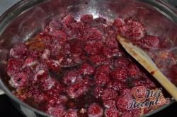 Příprava receptu Tvarohové kuličky s mákem v malinové omáčce, krok 2