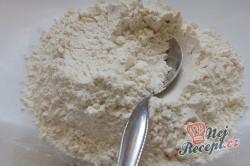 Příprava receptu Nejlepší větrníky s vanilkovým a karamelovým krémem, krok 2