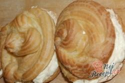 Příprava receptu Nejlepší větrníky s vanilkovým a karamelovým krémem, krok 19