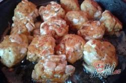 Příprava receptu Krůtí hrudky s kukuřičnými lupínky, krok 1