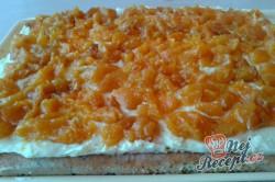 Příprava receptu Makovo-meruňkový řez, krok 7