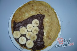 Příprava receptu Palačinky s nutellou a banánem, krok 3