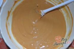 Příprava receptu BeBe řezy s karamelovým krémem, krok 2