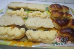 Příprava receptu Kynuté pudinkáče se šlehačkou, krok 4