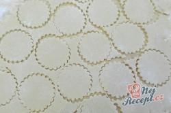 Příprava receptu Křehké sušenky s kondenzovaným mlékem, krok 3