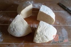 Příprava receptu Pita chlebíček se sýrem a jogurtem, krok 3