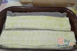 Příprava receptu Jednoduchý a extra rychlý tvarohový závin, krok 5