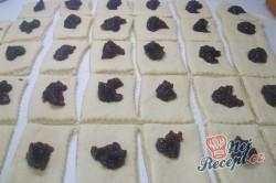 Příprava receptu Pečené povidlové buchty posypané cukrem, krok 4