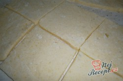 Příprava receptu Jahodové bramborové knedlíky, krok 6