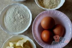 Příprava receptu Dvoubarevná kostka s džemem a marcipánem, krok 7