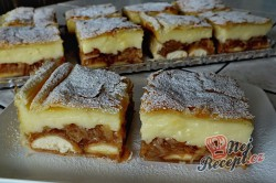 Příprava receptu Jablkovo-pudinkový koláč z listového těsta, krok 1
