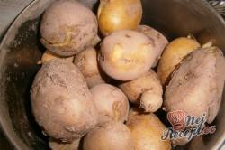 Příprava receptu Jahodové bramborové knedlíky, krok 1