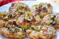 Příprava receptu Bramborové placičky se slaninou a pórkem, krok 7