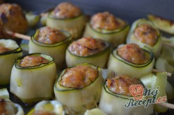 Příprava receptu Masové bombičky s mozzarellou a cuketou, krok 6