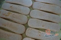 Příprava receptu Nepečený banánovo-ořechový dort, krok 4